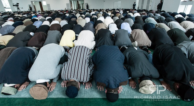 Muslims pray before Ahmadiyya Muslim Caliph Hadhrat Mirza Masroor Ahmad at The Baitul Futuh Mosque 21/09/12