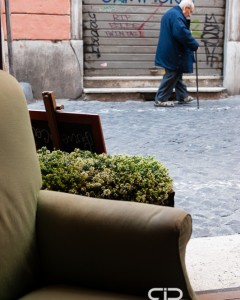 Italian street scene, view from a cafe - Rome, 24/3/13