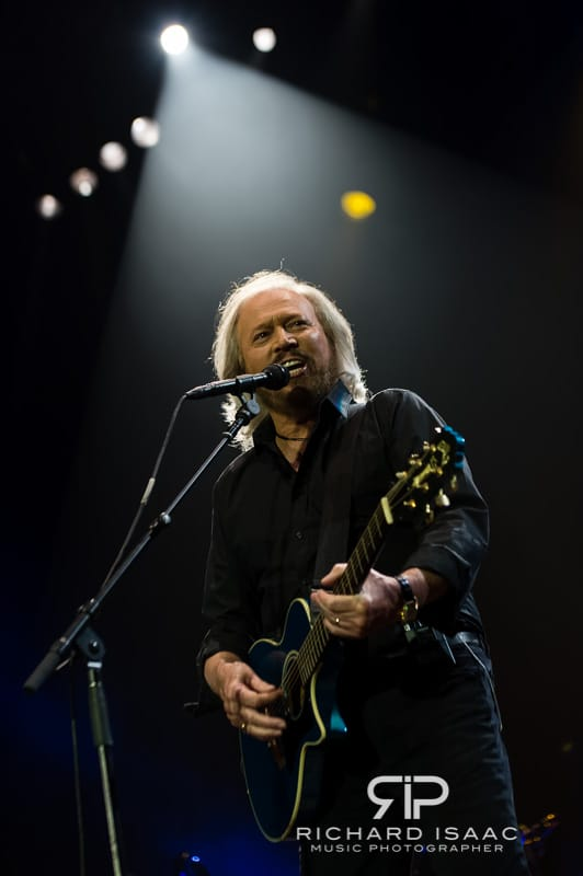 wpid-03-10-2013_Barry_Gibb_concert_The_O2_Arena_018.jpg