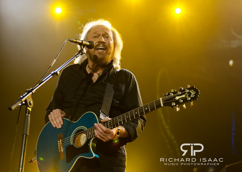wpid-03-10-2013_Barry_Gibb_concert_The_O2_Arena_048.jpg