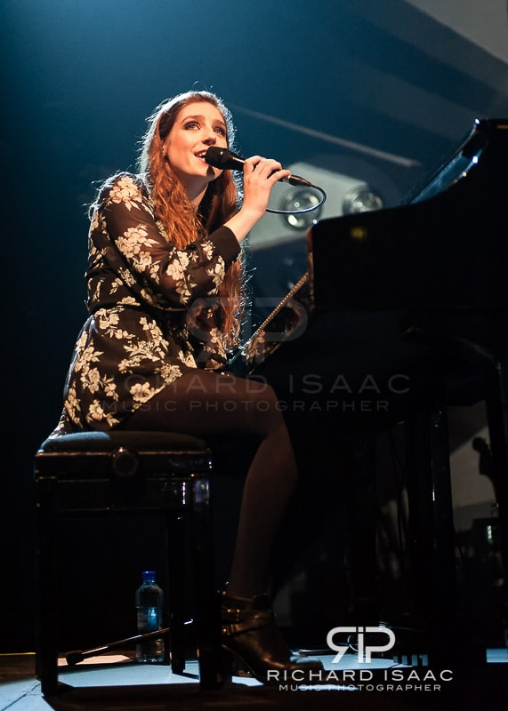 wpid-04-03-2014_Birdy_concert_The_Forum_004.jpg