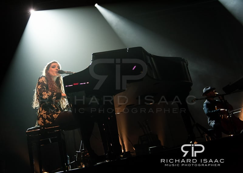 wpid-04-03-2014_Birdy_concert_The_Forum_013.jpg