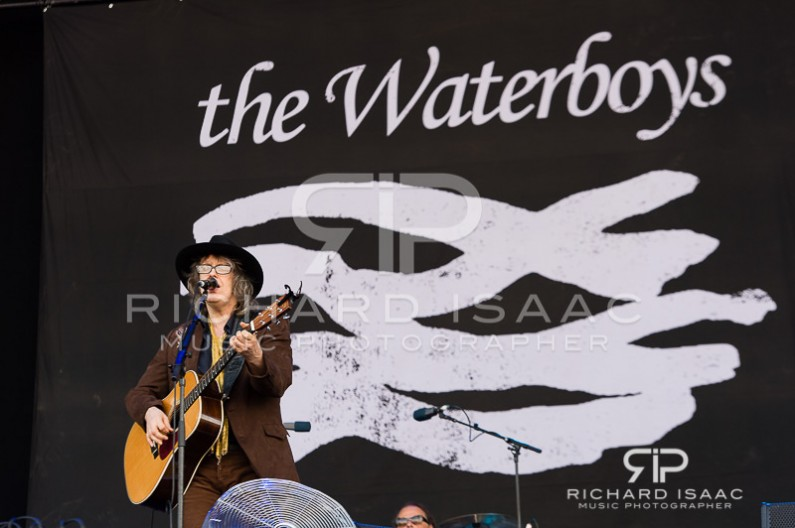wpid-14-06-2014_The_Waterboys_IOW_Fest_2014_004.jpg