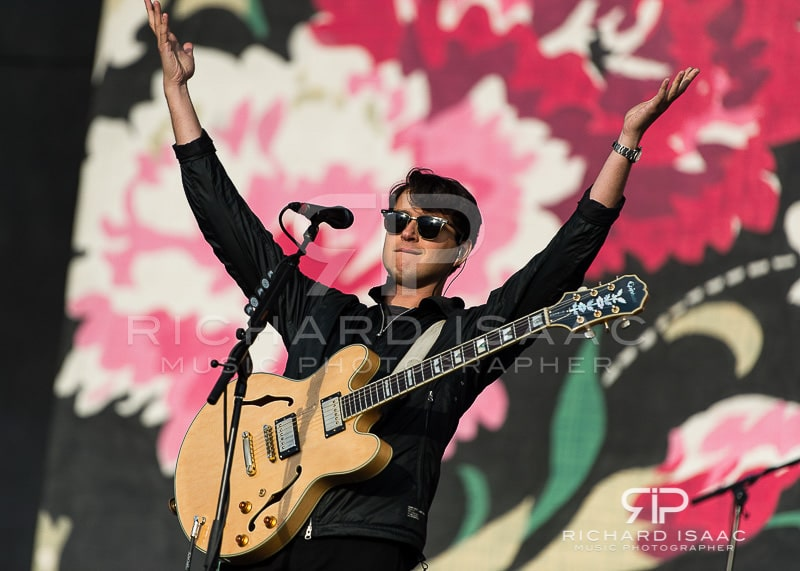wpid-2014822_ReadingFest_Vampire_Weekend_005.jpg