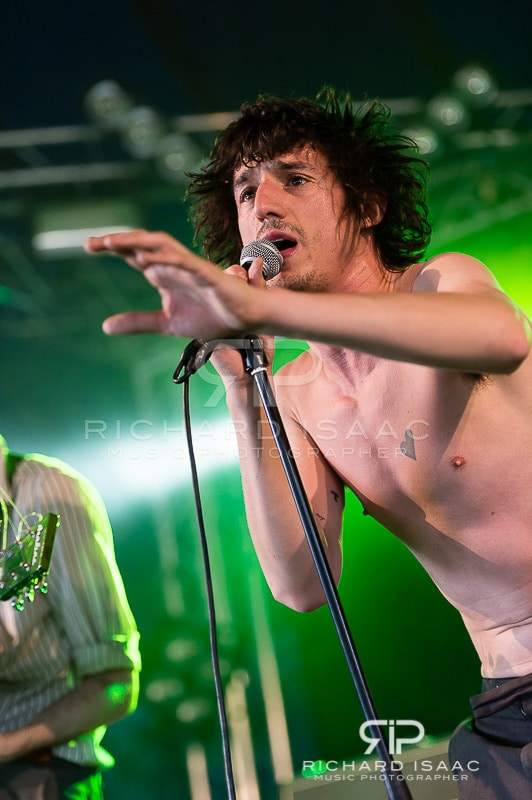 wpid-22-08-2014_Reading_Fest_Fat_White_Family_015.jpg