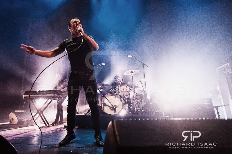 wpid-20150330_Future_Islands_Roundhouse_019.jpg