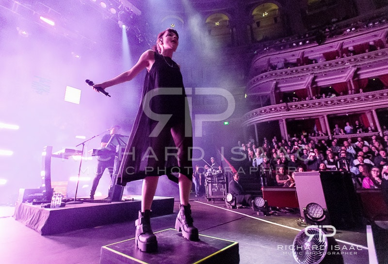 20160331_Chvrches_RAH_002-Edit.jpg