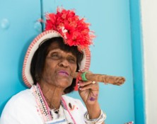 cigar-lady-havana-cuba-london-freelance-photographer-richard-isaac-3200