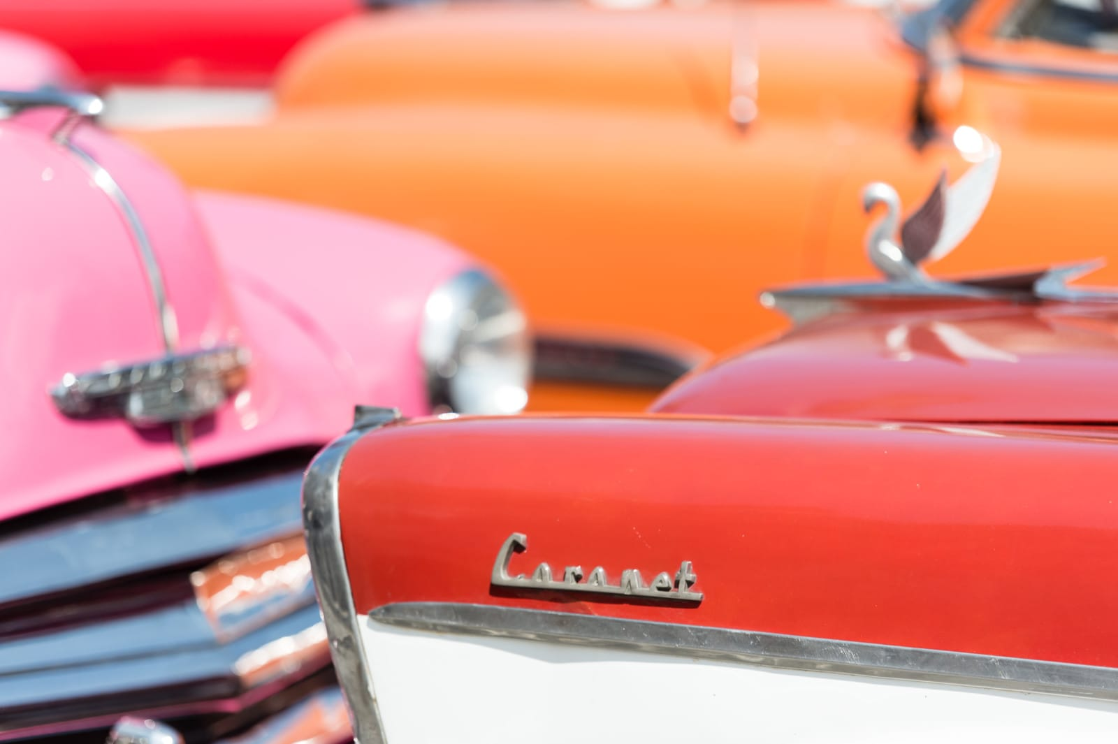 classic-cars-bright-color-havana-cuba-london-freelance-photographer-richard-isaac-3200