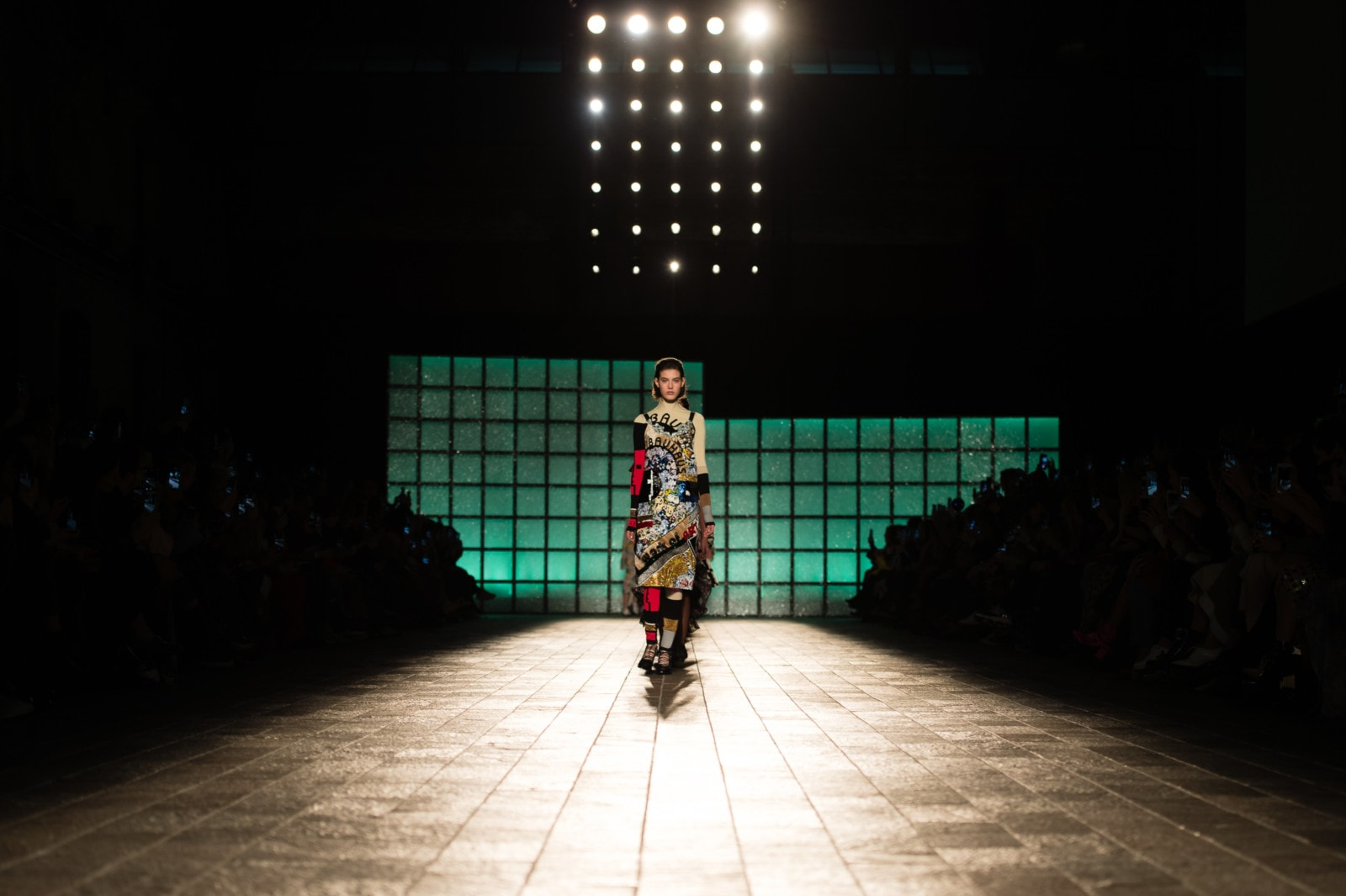 mary-katrantzou-2-london-fashion-week-freelance-photographer-richard-isaac-3200